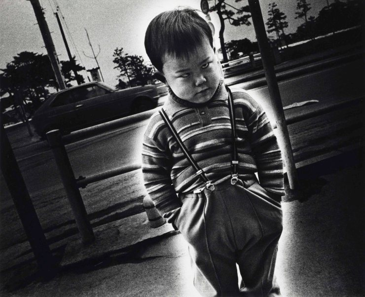 2018_NYR_16736_0029_000(daido_moriyama_the_three_views_of_japan_no_3_-_mutsu_matsushima_1974).jpg
